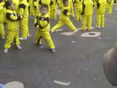 宝宝们很给力的表演节目 4岁宝宝亲子表演