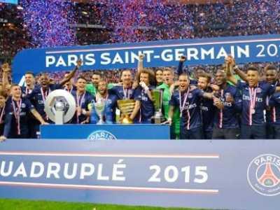 伊布奖杯拿到手软 欧洲冠军杯奖杯