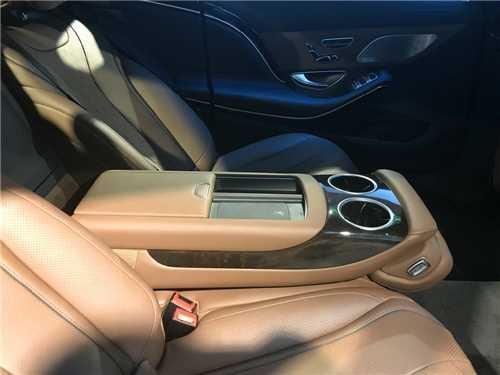 奔驰迈巴赫s600北京奔驰奔驰迈巴赫560实拍 奔驰s600