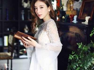 方媛昨晚还在为网店上新吆喝 郭富城女朋友的网店