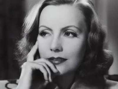 二十世纪颜值最高的十个绝色美女 伊丽莎白泰勒评价赫本