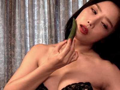 韩国电影热情的邻居女主角 韩国r级限制片女演员