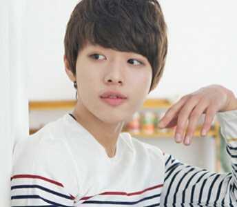 五款韩国男生时尚可爱发型图 2013韩国时尚发型