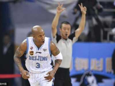 马布里为什么留在北京男篮原因 马布里cba年薪