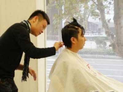 头发隔多久剪一次最合适 剪发型